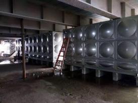 湖南长沙华创国际广场项目(长沙地标建筑)-1400立方方形不锈钢水箱